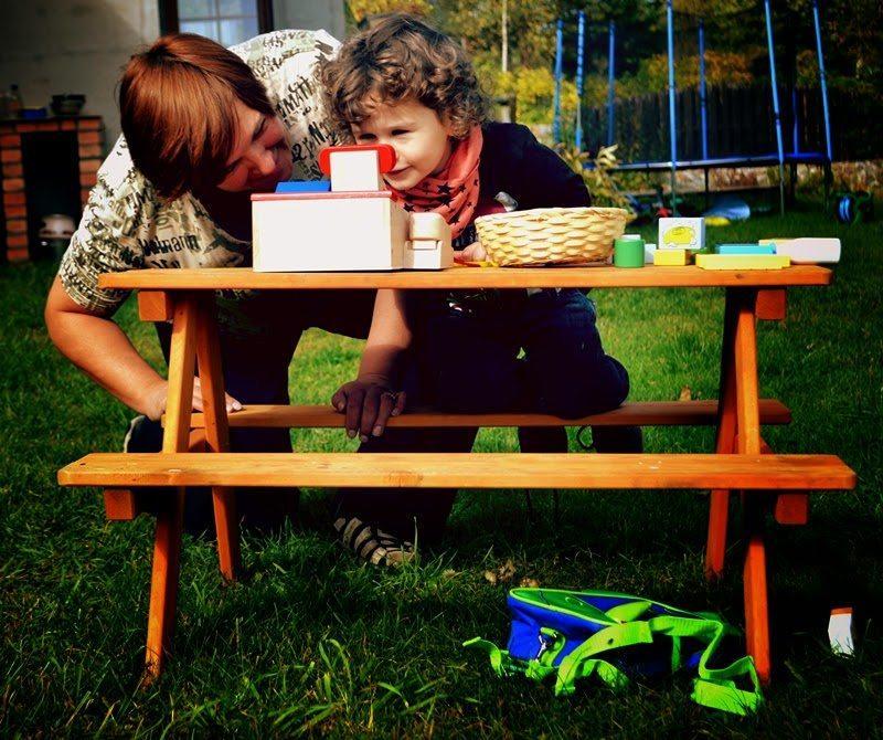 plac zabaw, goki, zabawki goki, kasa fiskalna, drewniane warzywa,