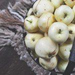 Placki z jabłkami i dzieckiem