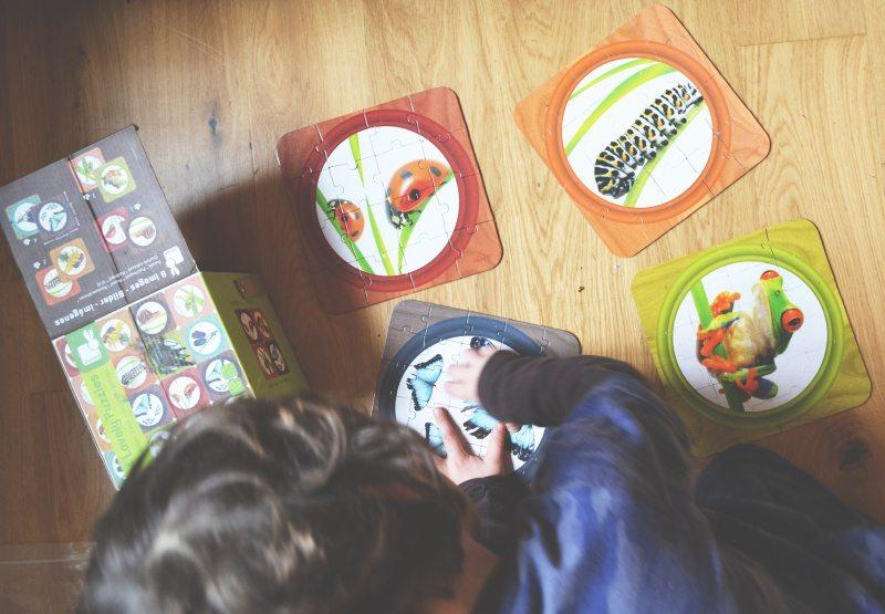 Co nam daje układanie puzzli?