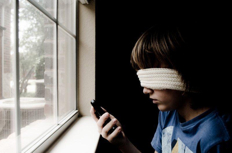 Czego nauczysz dziecko, odwracając jego uwagę od problemu?